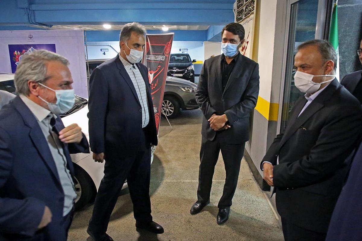حضور فاطمی امین وزیر جدید صمت در محل کار