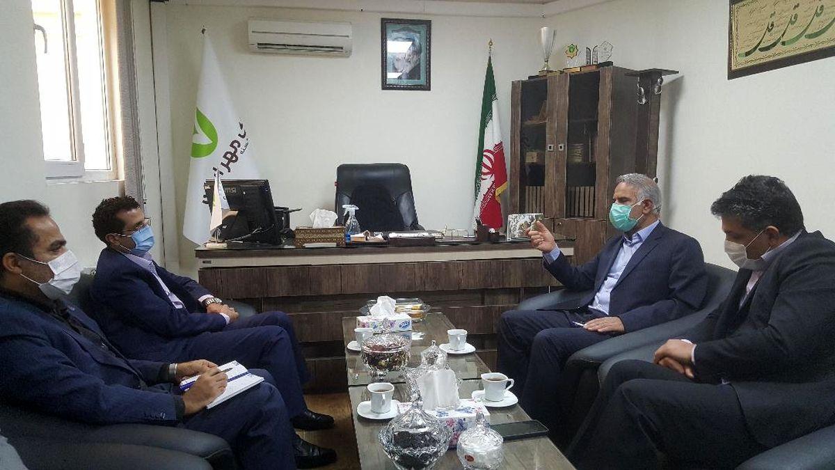 نشست مشترک شعبه حافظ شیراز با سرپرستی بانک قرضالحسنه مهر استان فارس