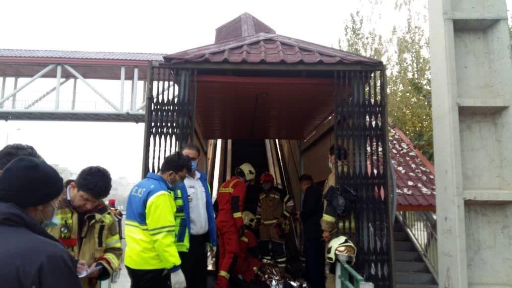 اولین عکس از جنازه زن تهرانی در بزرگراه شهید نواب