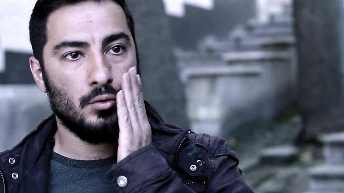 انتقاد تند پرویز پرستویی به نوید محمدزاده