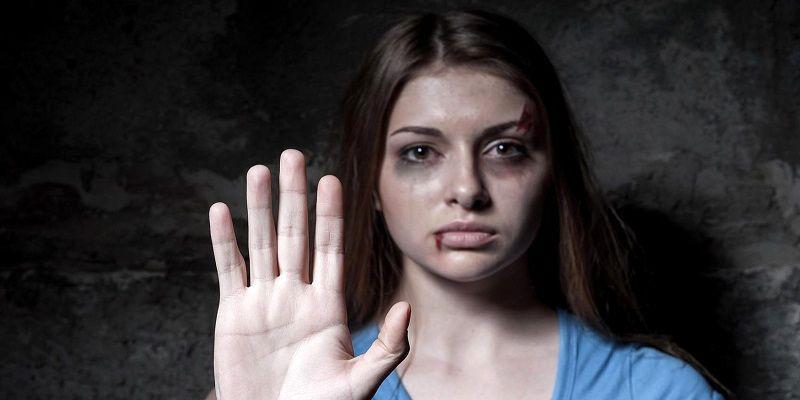 تجاوز جنسی فجیع ۴ مرد به زن جلوی چشم شوهرش در مشهد + جزئیات