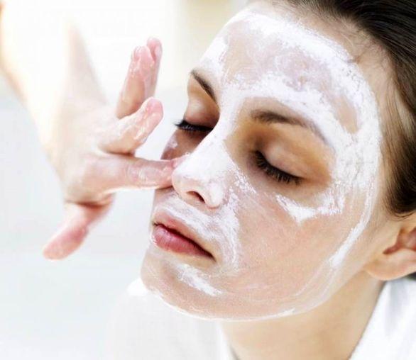 هفت ماسک صورت خانگی برای جوان سازی پوست و از بین بردن لکه ها