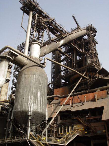 کسب رکورد تولید چدن مذاب در ذوب آهن اصفهان