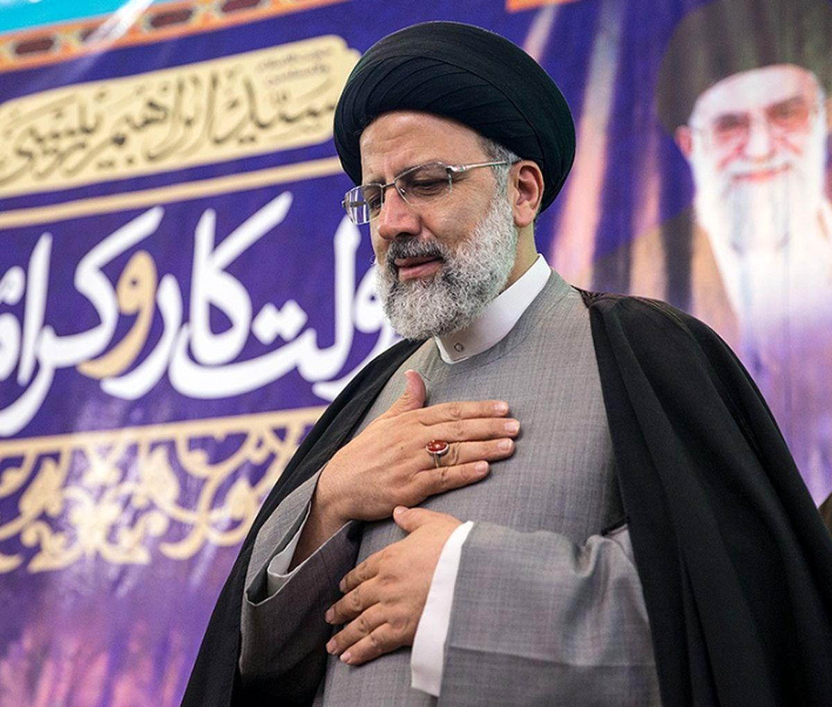 حجت الاسلام محمودی درخواست های مردم ورامین را تقدیم رئیس جمهور کرد