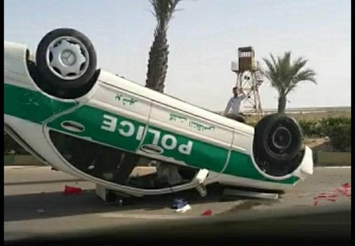 علت واژگونی خودروی پلیس در بوشهر