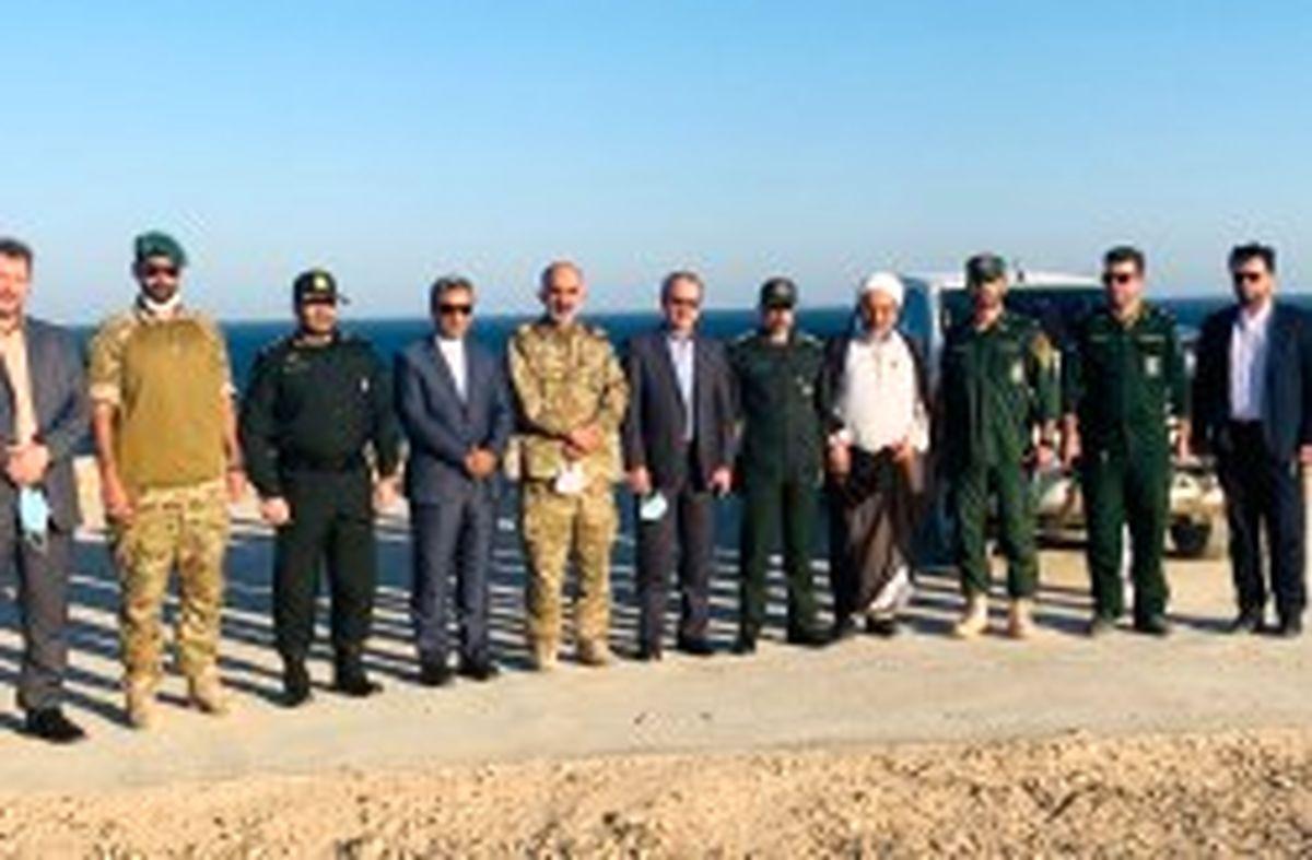 رونق و آبادانی جزایر ایرانی خلیج فارس موجب افزایش امنیت کشور است