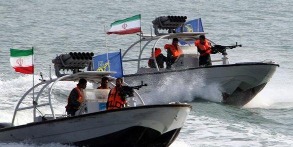 توقیف نفت کشی با یک میلیون لیتر سوخت توسط سپاه در خلیج فارس + جزئیات