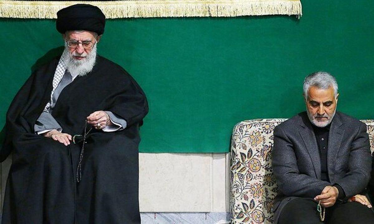 حضور رهبر معظم انقلاب اسلامی در منزل سردار شهید سپهبد سلیمانی