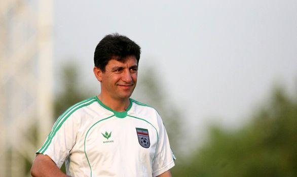 قلعه نویی در آستانه سرمربیگری تیم ملی است