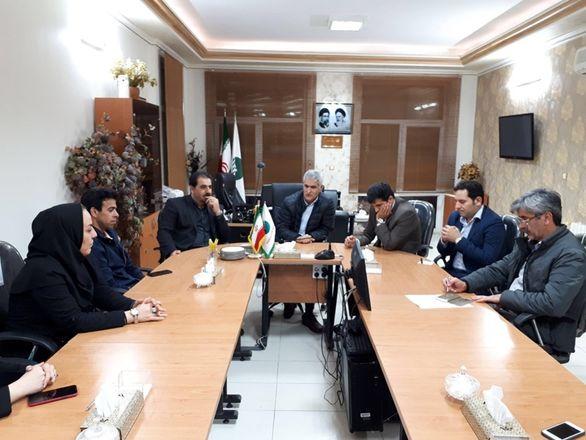 حضور دکتر شیری مدیرعامل پست بانک ایران در لرستان برای بررسی وضعیت خدمت رسانی درمناطق سیل زده