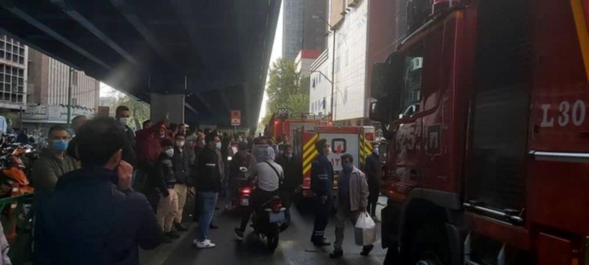 آتش سوزی در پاساژ علاءالدین + جزئیات خسارت وارده