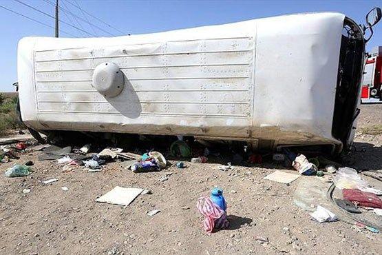 واژگونی مرگبار مینیبوس در گیلان