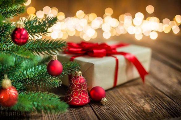 تحریم شادی در ایران و جشن کریسمس در خارج!