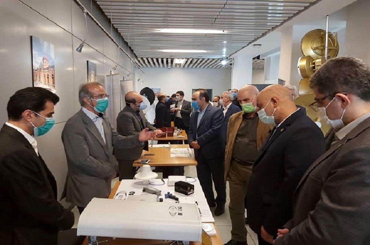 بازدید مهندس صدری از نمایشگاه تجهیزات بومی پیشرفته شبکه ملی اطلاعات