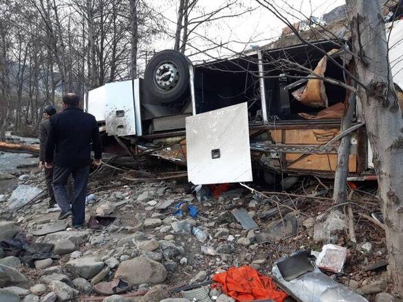 سرعت اتوبوس هنگام واژگونی ۱۰۰ کیلومتر در ساعت بود