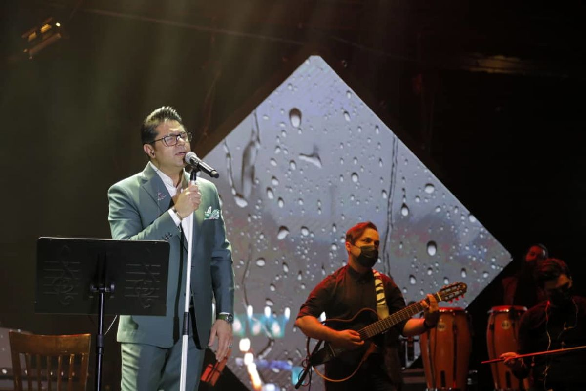کنسرت آنلاین حجت اشرفزاده با ۸۶هزار مشاهدهکننده برگزار گردید
