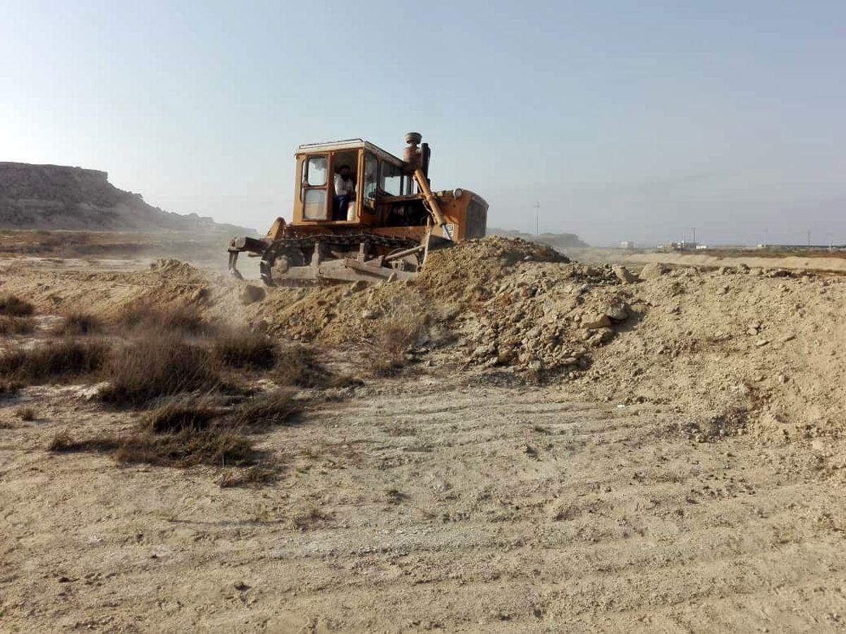 رفع تصرف 21 هزار مترمربع از اراضی ملی و دولتی در پیرامون شهر سوزا