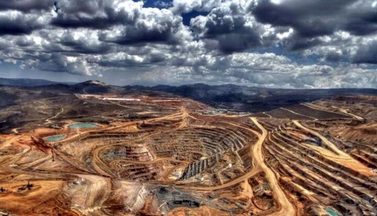 رکورد ارسال ماده معدنی در انگوران شکست