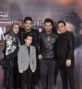 آرون افشار | حضور آرون افشار در برنامه دورهمی و اجرای زنده  + فیلم و عکس