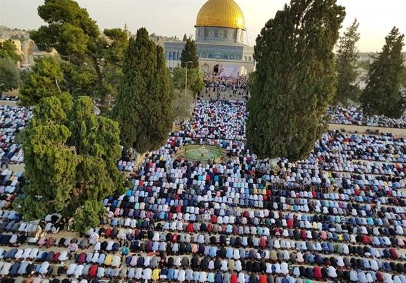 اقامه باشکوه نماز عید فطر در مسجد الاقصی