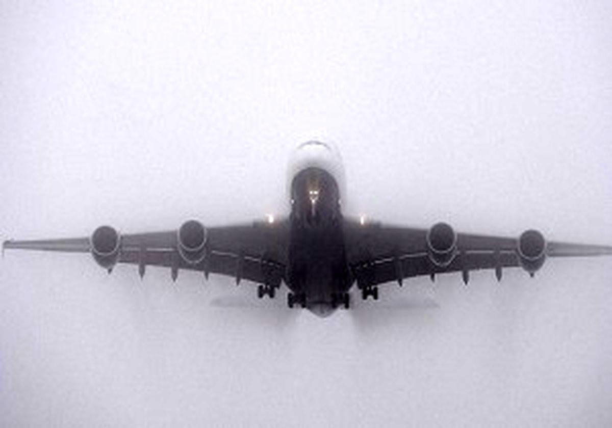 مه ۴ هواپیما را در فرودگاه اهواز زمین گیر کرد