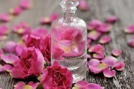 خواص باورنکردنی شستن چشم با گلاب