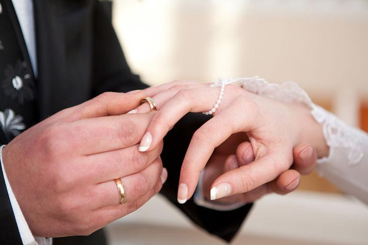 ازدواج سفید از نظر قانون