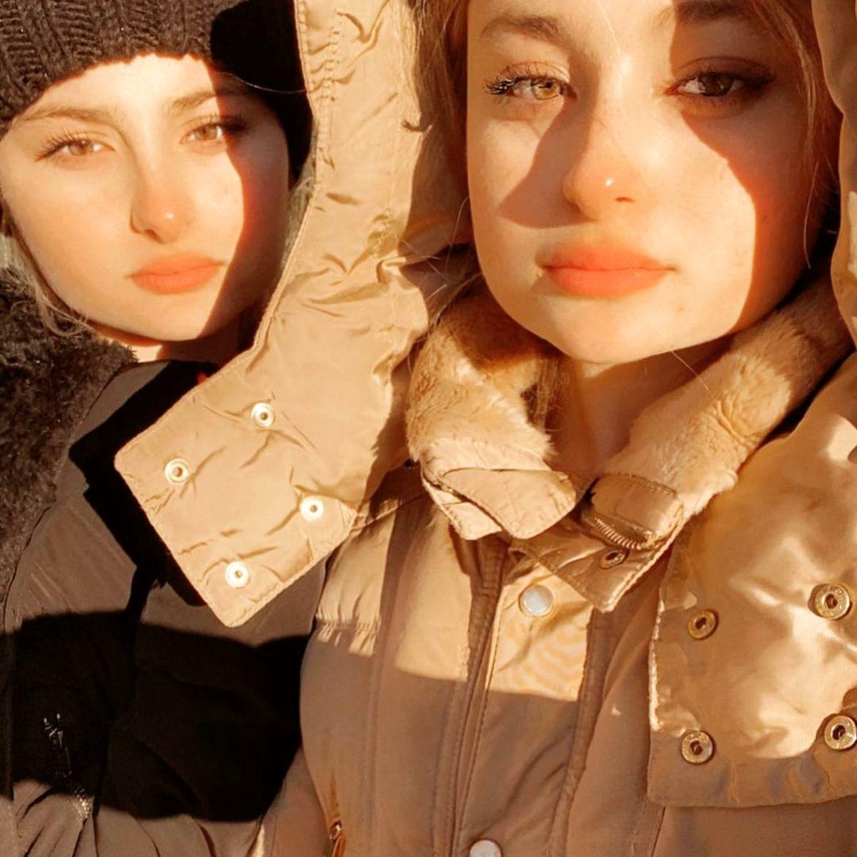 عکس شوکه کننده از سارا و نیکا | عکسهای سارا و نیکا در خارج