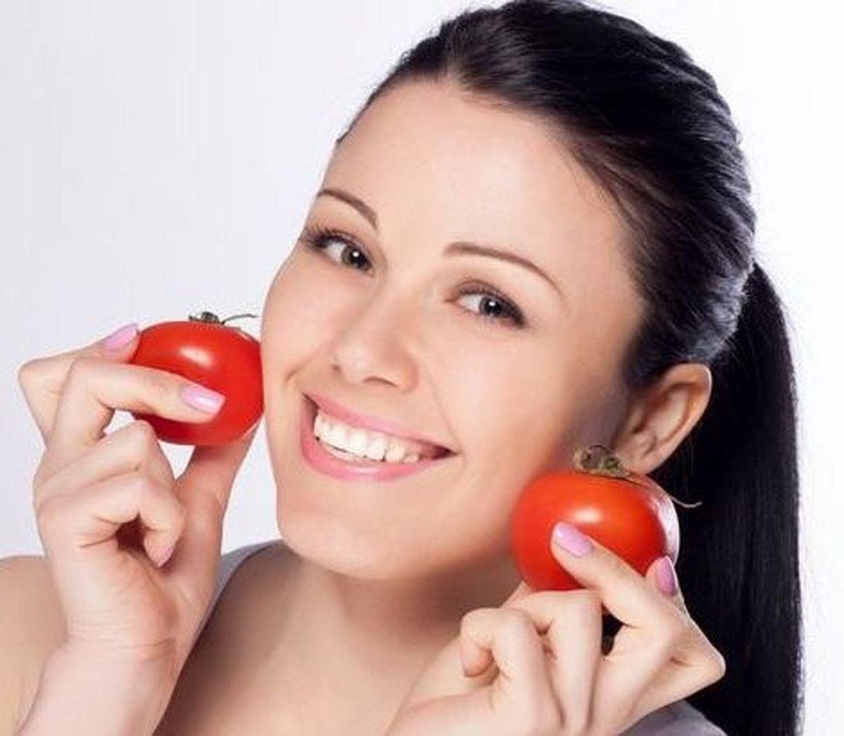 با این روش و کمک گوجه فرنگی ریزش موی خود را درمان کنید