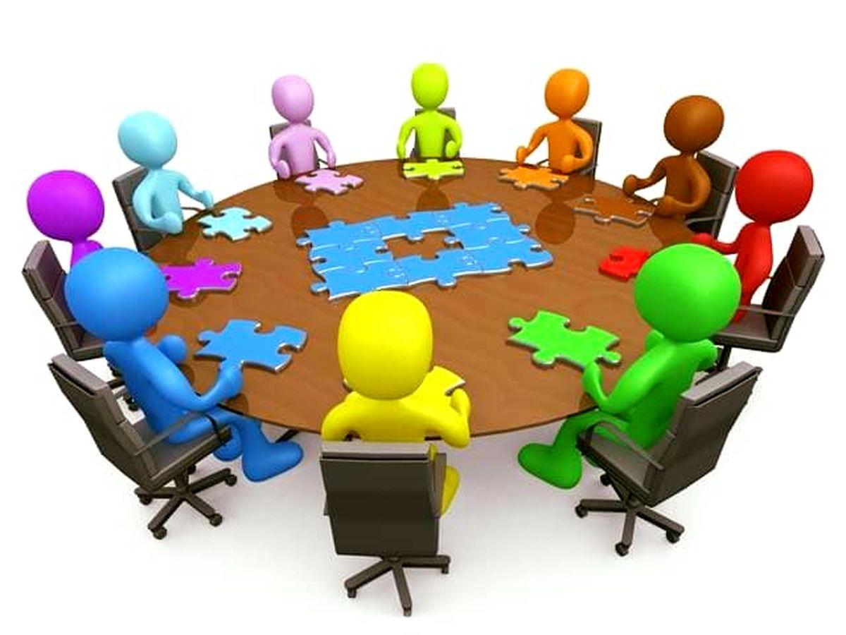 برگزاری جلسات هفتگی ارزیابی عملکرد معاونت ها در شرکت بیمه آرمان
