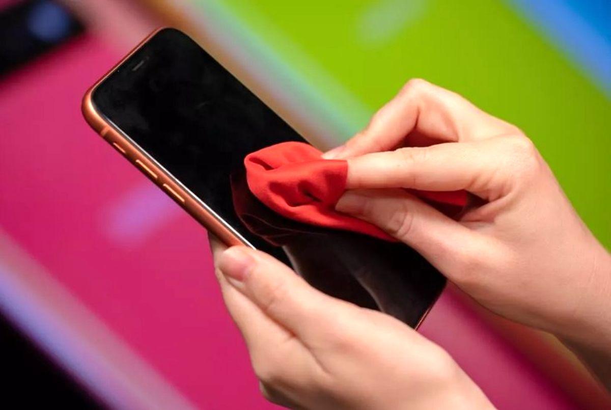 قابلیت PhoneSoap برای ضدعفونی کردن تلفن همراه در برابر کرونا
