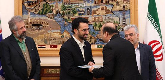 تقدیر وزیر ارتباطات از اقدامات ایرانسل در اربعین ۹۸