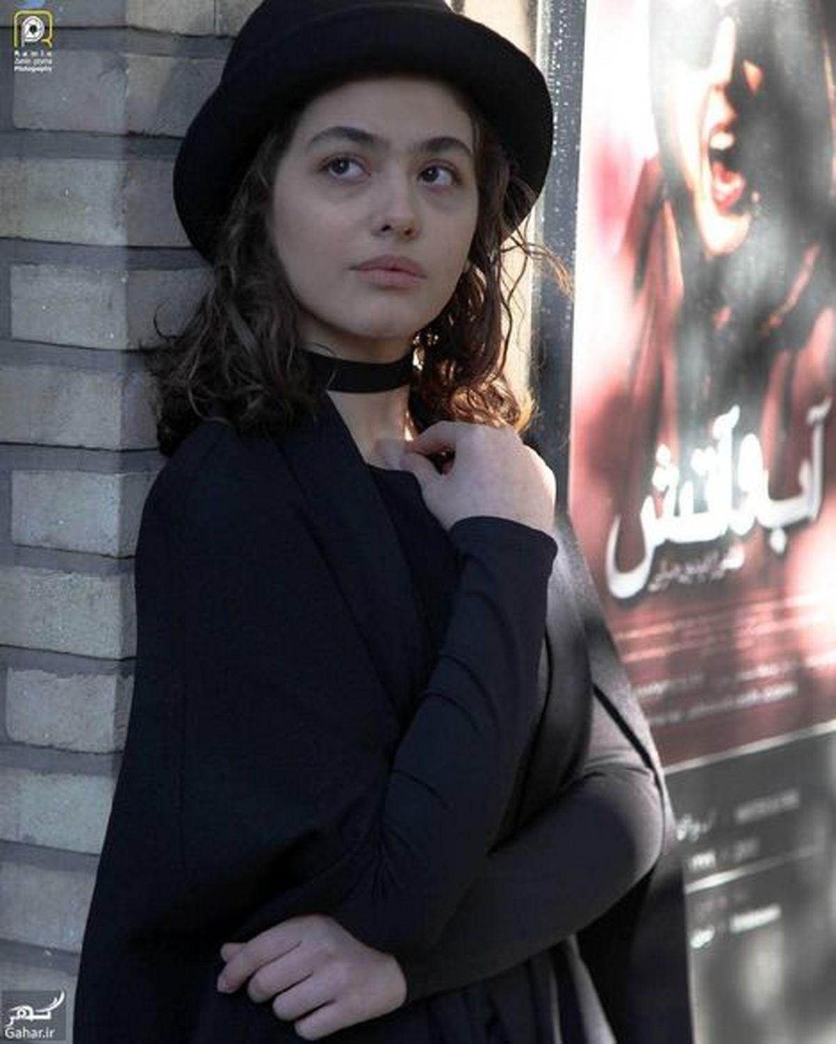 ریحانه پارسا عزادار شد + عکس و بیوگرافی
