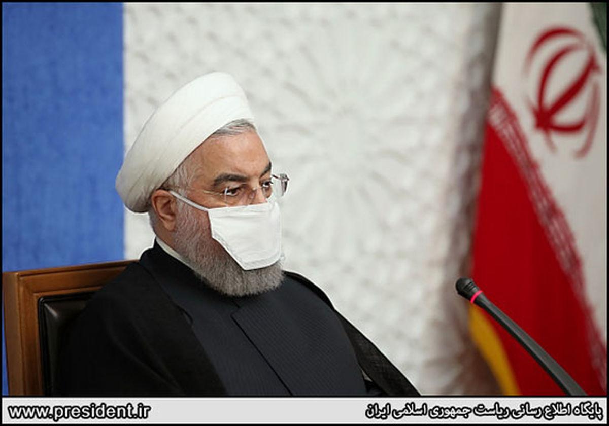 ماسک عجیب روحانی سوژه شد + عکس
