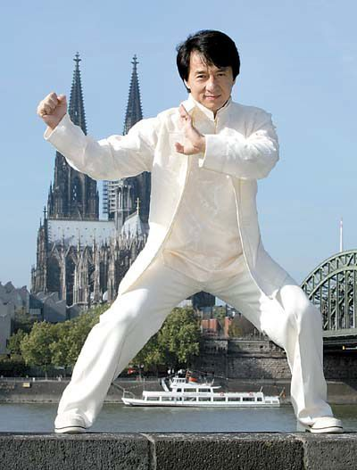 Dress like a star - Jackie Chan in white Chinese traditional KungFu Wear JAKIE CHAN | Jackie chan, Jackie, China culture