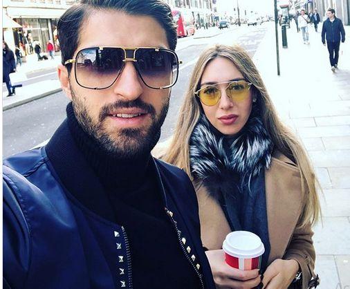 فرزنددار شدن کریم انصاری فرد و همسر یونانیش +عکس